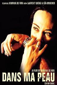 Marina de Van in Dans ma peau (2002)