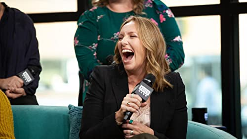 """BUILD: Toni Collette Loved Working with Merritt Wever in """"Unbelievable"""""""