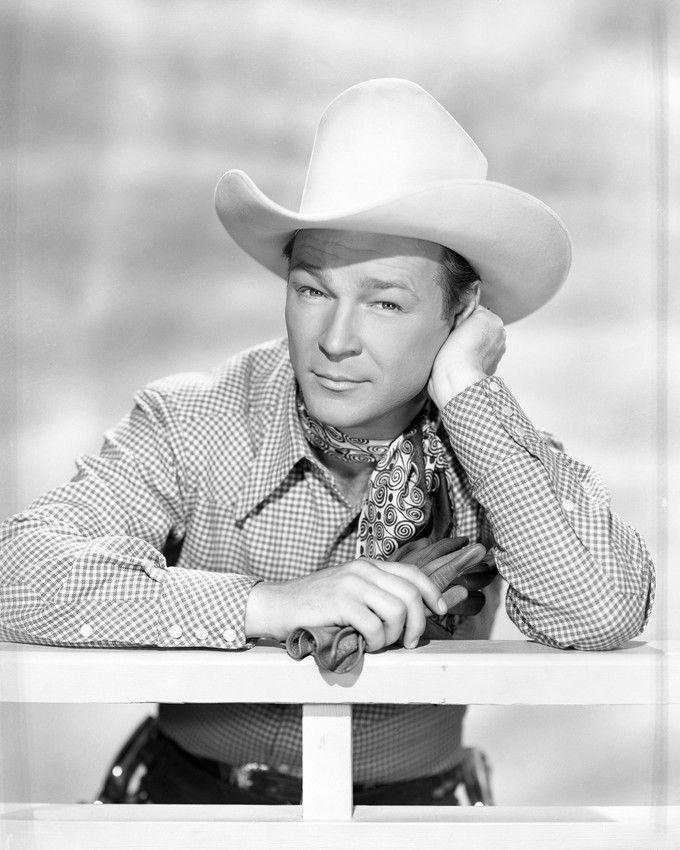 Roy Rogers in Under Nevada Skies (1946)