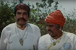 Kulbhushan Kharbanda and Harish Patel in Bharat Ek Khoj (1988)
