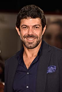 Pierfrancesco Favino Picture