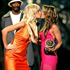 Carmen Electra, Snoop Dogg, and Paris Hilton at an event for 2004 MTV Movie Awards (2004)