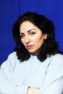 Nazmiye Oral Picture