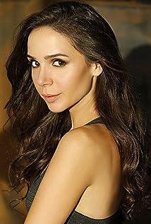 Natalia Abelleyra Picture