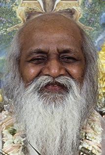 Maharishi Mahesh Yogi Picture