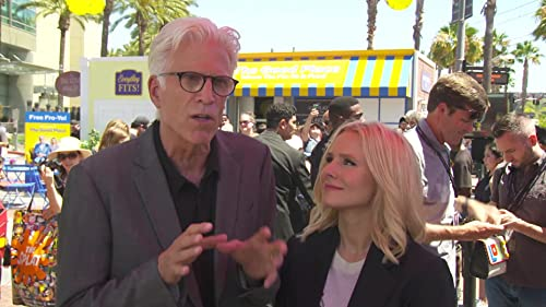 The Good Place: Ted Danson And Kristen Bell At Comic Con