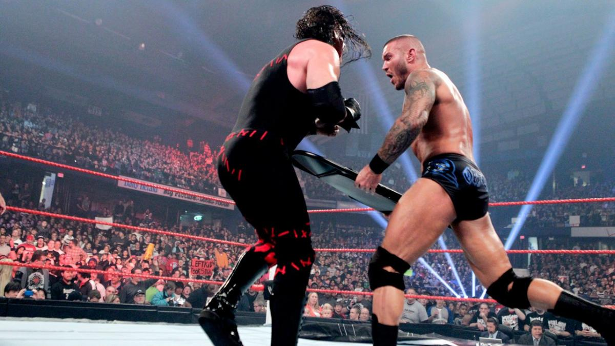 Glenn Jacobs and Randy Orton in Extreme Rules (2012)
