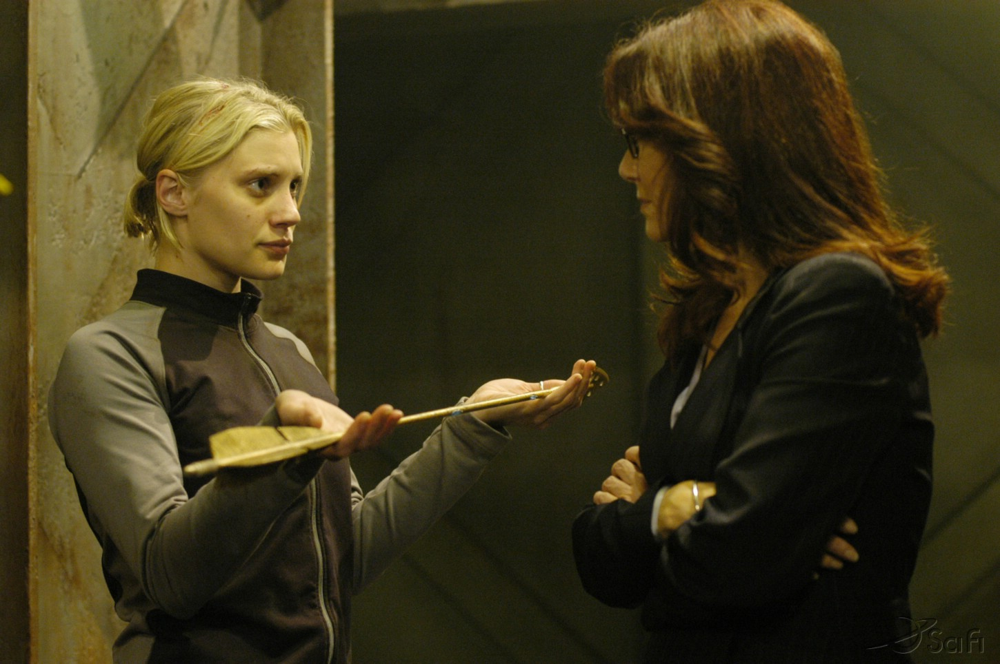 Mary McDonnell and Katee Sackhoff in Battlestar Galactica (2004)