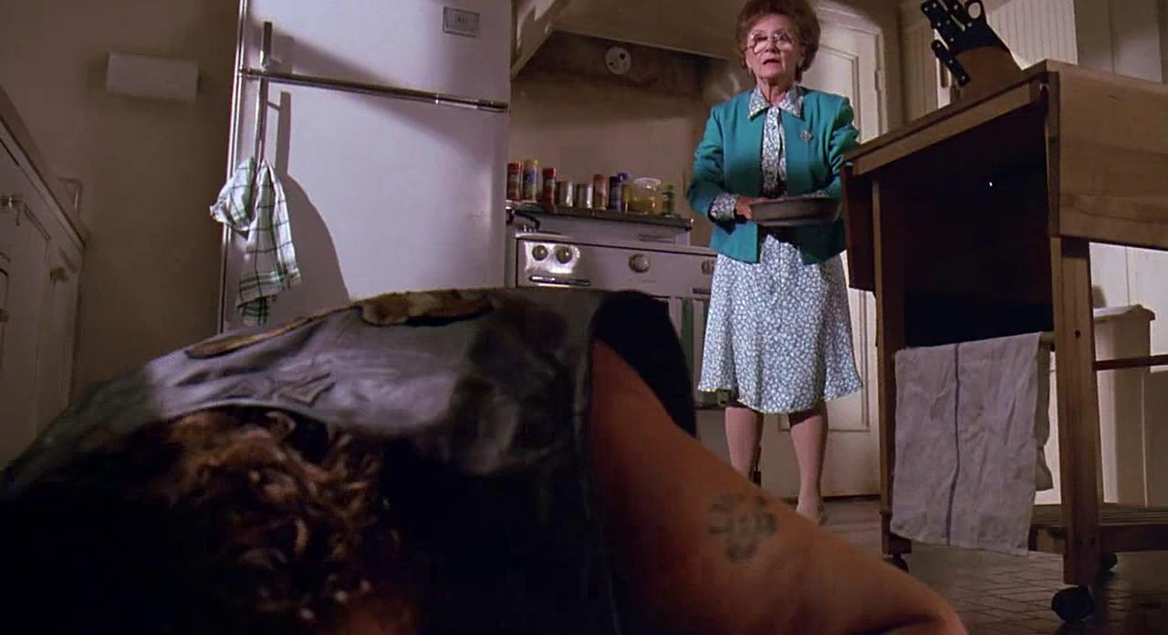 Estelle Getty and Dennis Burkley in Stop! Or My Mom Will Shoot (1992)