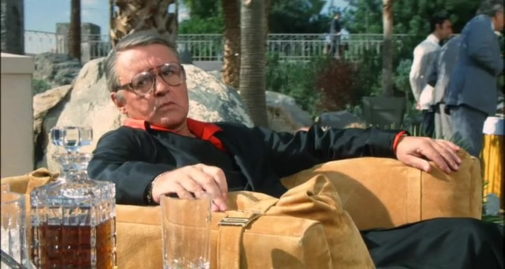 Rod Steiger in Love and Bullets (1979)