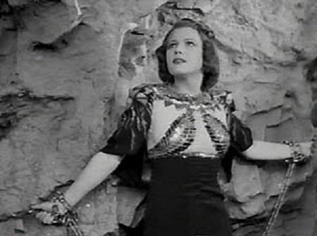 Jean Rogers in Flash Gordon's Trip to Mars (1938)