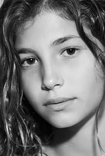 Valeria Schoneveld Picture