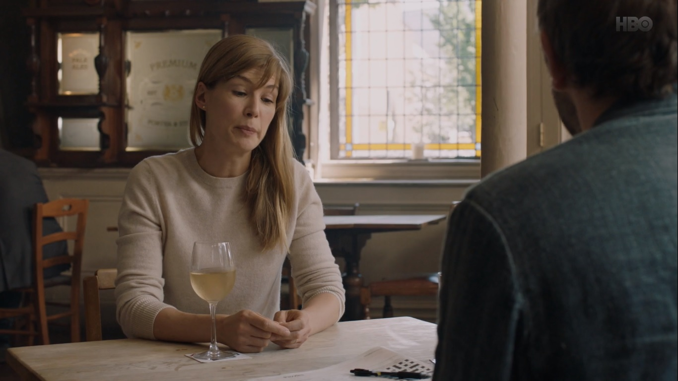 Rosamund Pike and Chris O'Dowd in State of the Union (2019)