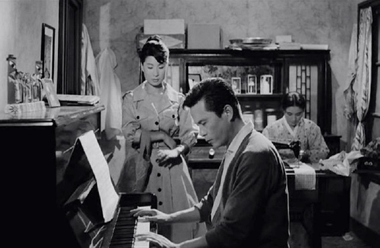 Películas imprescindibles para entender el cine coreano: La criada (1960)