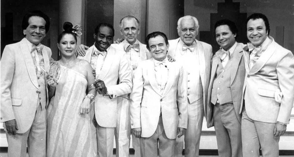 Brandão Filho, Paulo Gracindo, Tião Macalé, Sonia Mamede, Lúcio Mauro, and Lilico in Balança Mas Não Cai (1968)