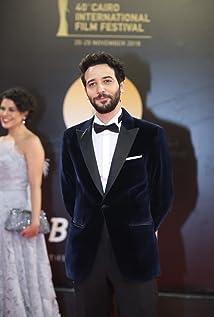 Karim Kassem Picture