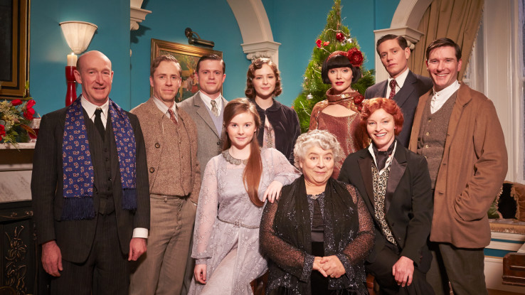 Miss Christmas Cast.Miss Fisher S Murder Mysteries Murder Under The Mistletoe