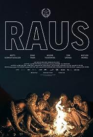 Milena Tscharntke, Enno Trebs, Matilda Merkel, Matti Schmidt-Schaller, and Tom Gronau in Raus (2018)