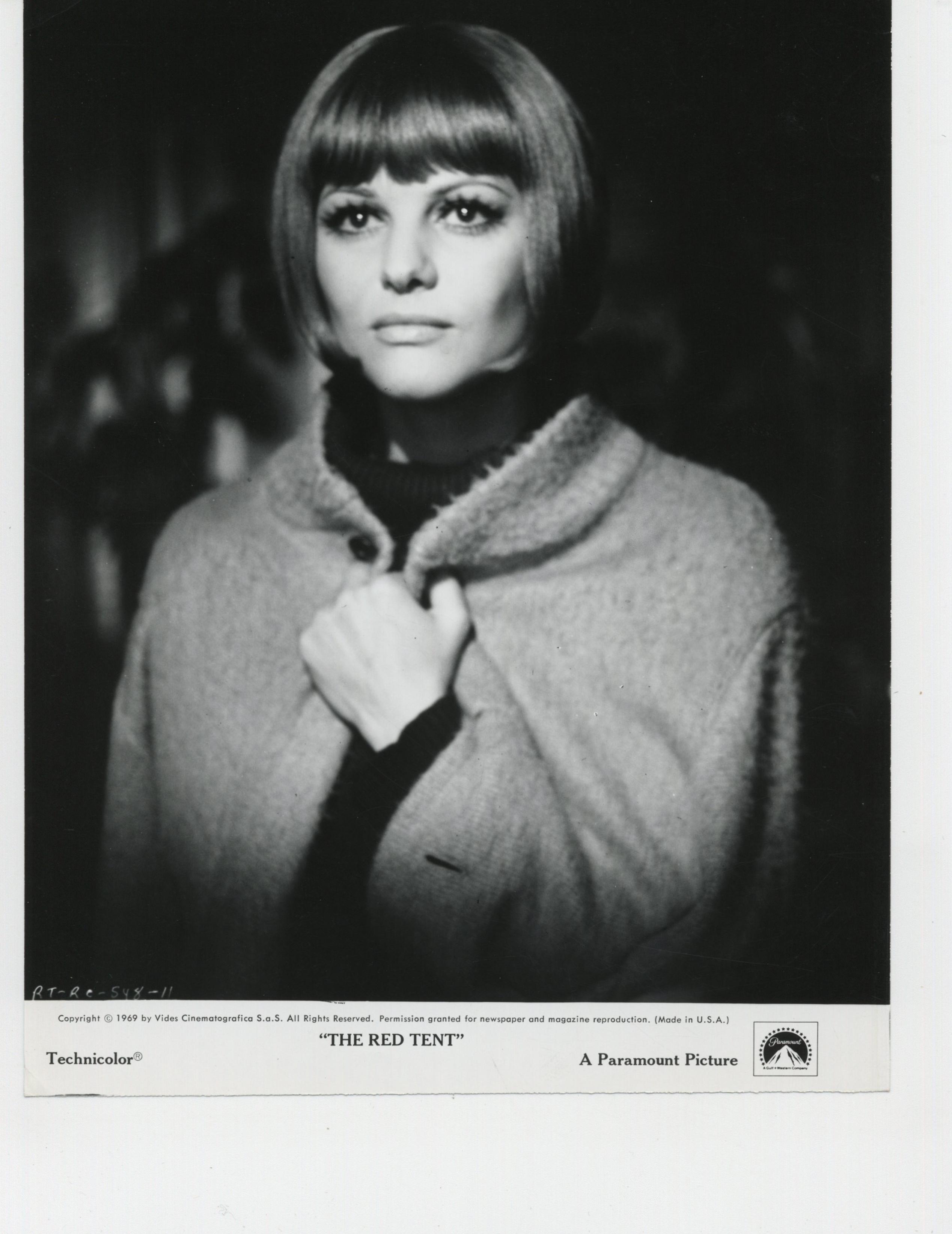 Claudia Cardinale in Krasnaya palatka (1969)