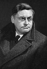 Primary photo for Raymond Queneau