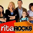 Nicole Sullivan, Tisha Campbell, Natalie Dreyfuss, Richard Ruccolo, and Kelly Gould in Rita Rocks (2008)