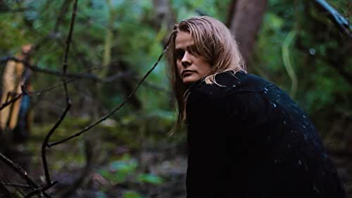 Trailer for director Al Carretta's experimental 13th indie feature, the psychological horror drama th'dread rattlin'.