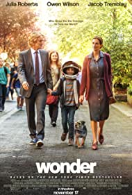 Julia Roberts, Owen Wilson, Izabela Vidovic, and Jacob Tremblay in Wonder (2017)