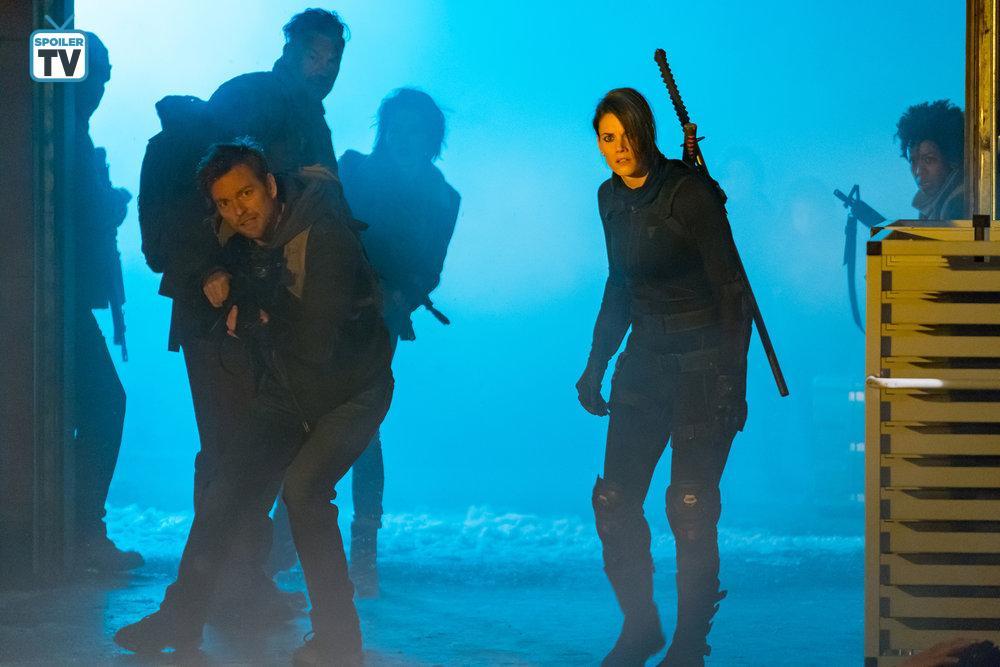 Aleks Paunovic, Jonathan Scarfe, Rukiya Bernard, and Missy Peregrym in Van Helsing (2016)