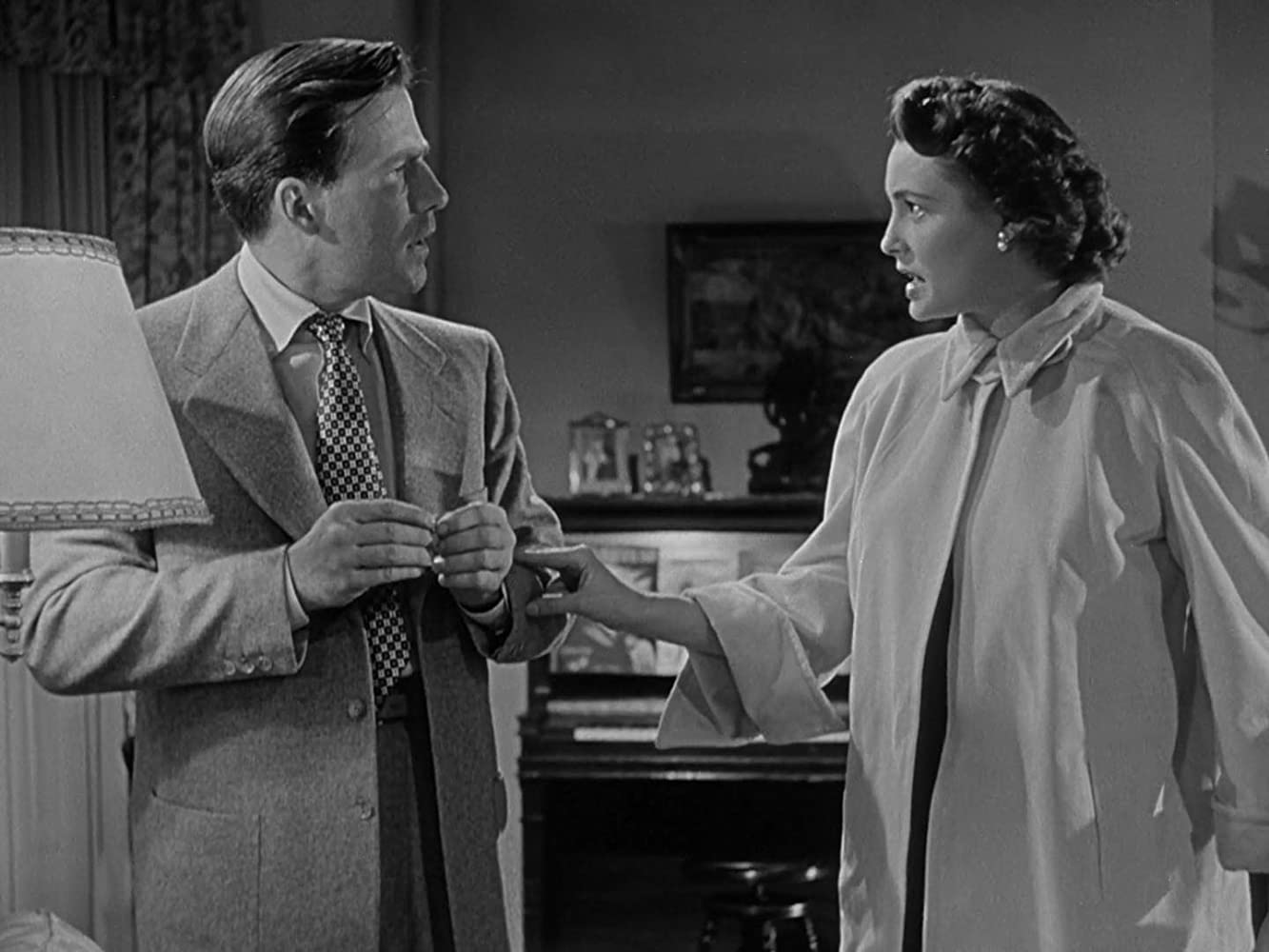 Hugh Marlowe and Patricia Neal in The Day the Earth Stood Still (1951)