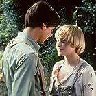 Patricia Arquette and William McNamara in Wildflower (1991)