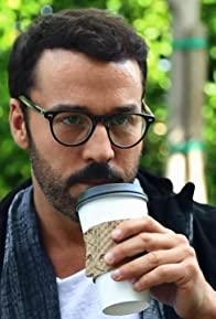 Primary photo for Jeremy Piven's Beard