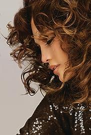 Jennifer Lopez: Me Haces Falta Poster