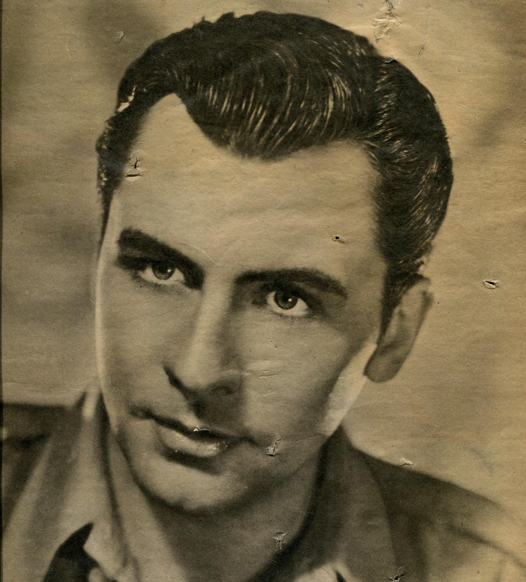 Roger Duchesne in Rappel immédiat (1939)