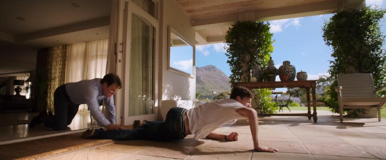 Stephen Moyer and Tye Sheridan in Detour (2016)