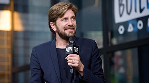 """BUILD: Ruben Östlund Had No Issue With Actors Improvising In """"The Square"""""""