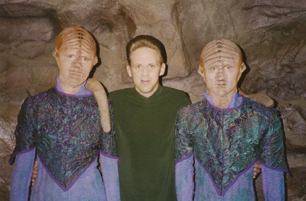 On the set of Deep Space 9