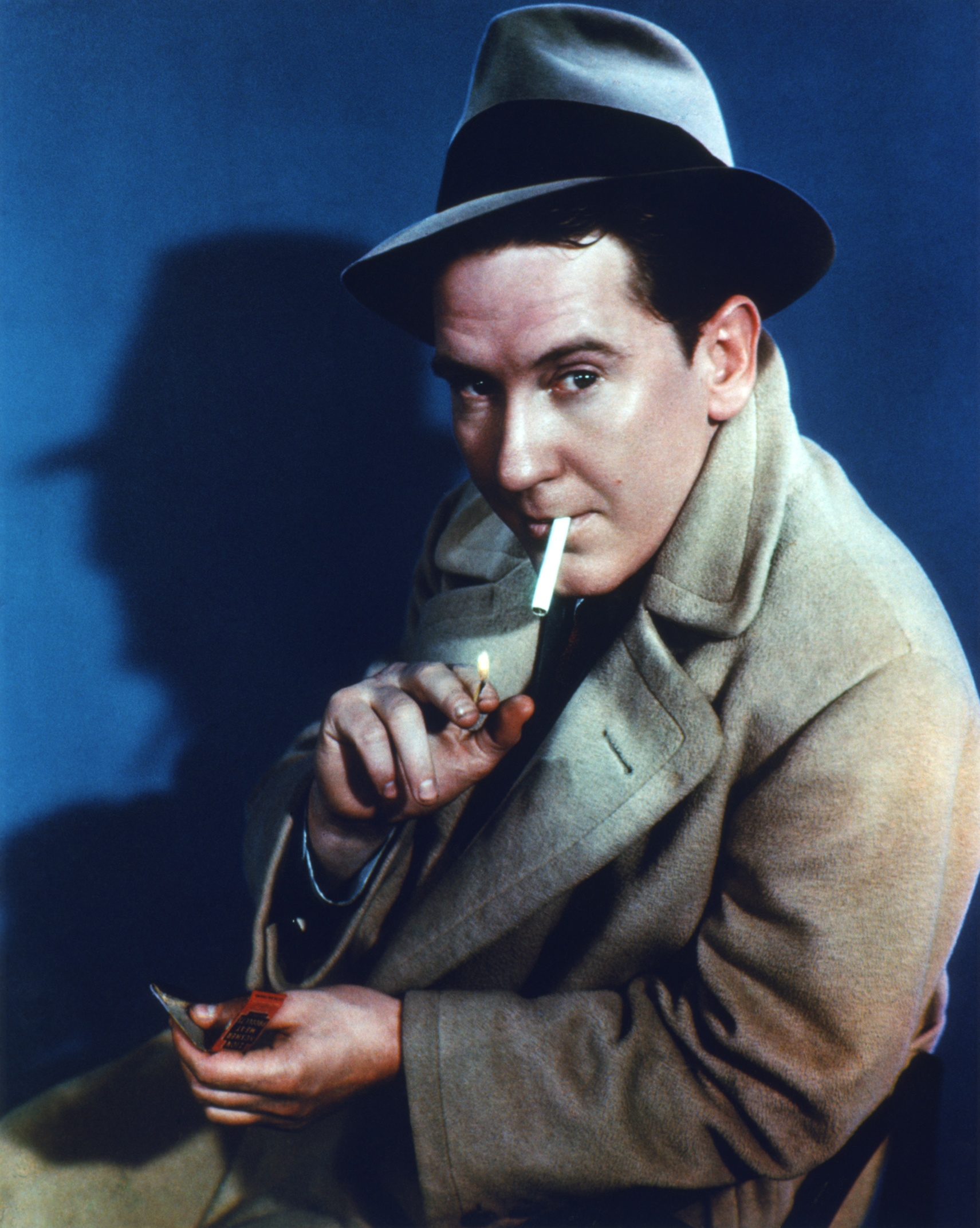 Burgess Meredith in Street of Chance (1942)
