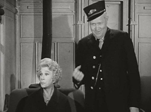 Bea Benaderet and Rufe Davis in Petticoat Junction (1963)
