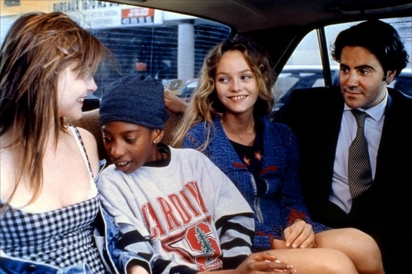 Clotilde Courau, José Garcia, Vanessa Paradis, and Sekkou Sall in Élisa (1995)