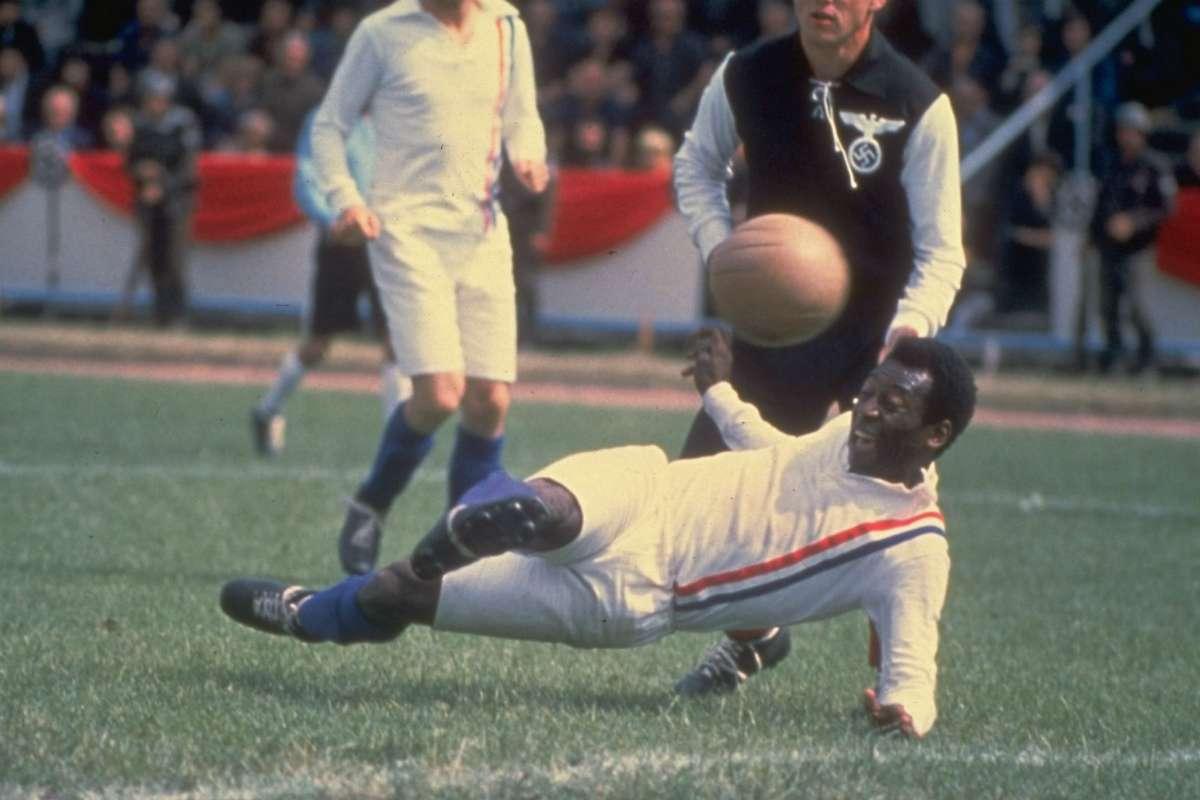 Pelé in Victory (1981)