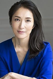 Akiko Iwase Picture