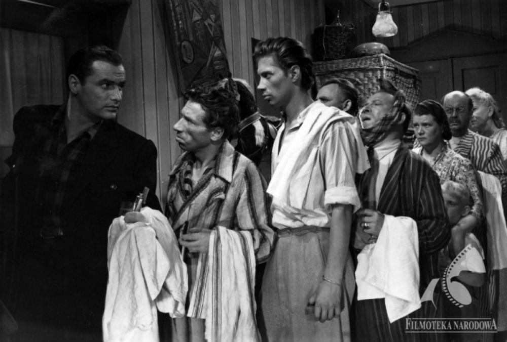 Jerzy Duszynski, Zdzislaw Lubelski, and Józef Nalberczak in Skarb (1949)