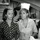 Despoina Stylianopoulou and Eva Fridaki in I arhontissa tis kouzinas (1969)