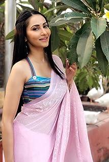 Rishina Kandhari Picture