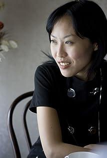 Gina Kim Picture