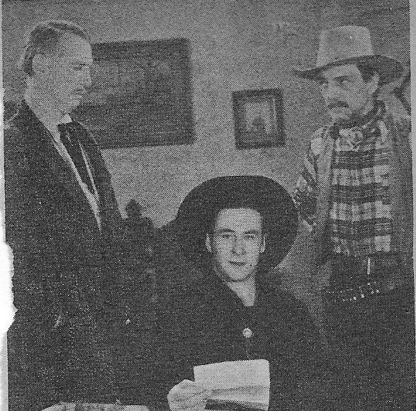 Robert Gleckler, Francis McDonald, and George O'Brien in Gun Law (1938)