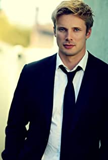 Bradley James Picture