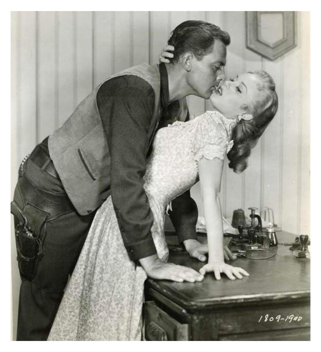John Agar and Mamie Van Doren in Star in the Dust (1956)