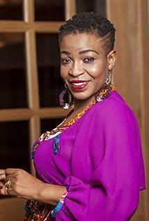 Akofa Edjeani Asiedu Picture