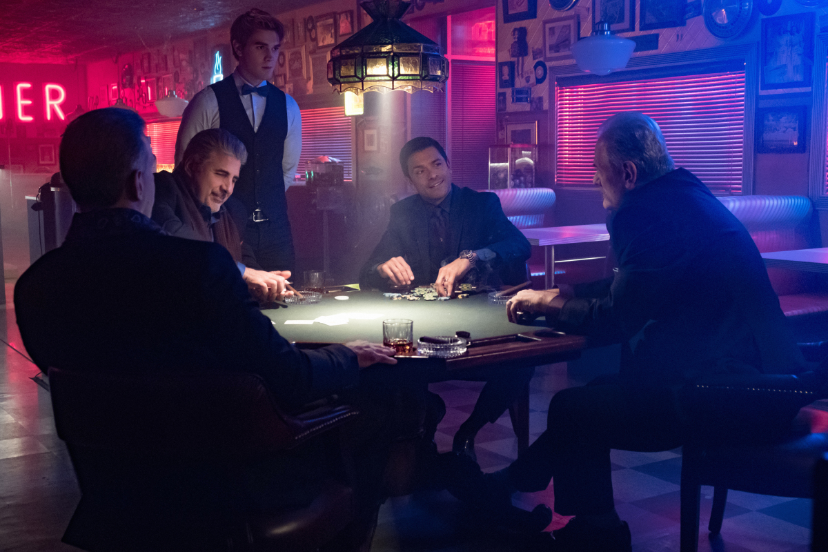 Mark Consuelos, Eli Gabay, and K.J. Apa in Riverdale (2016)